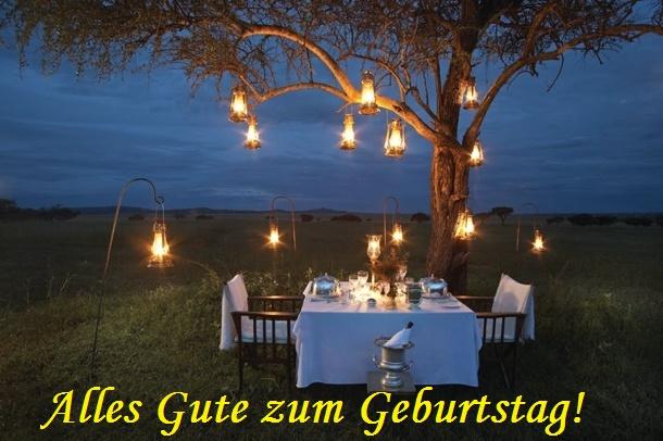 Alles Gute zum Geburtstag! Romantisches Abendessen in der Natur