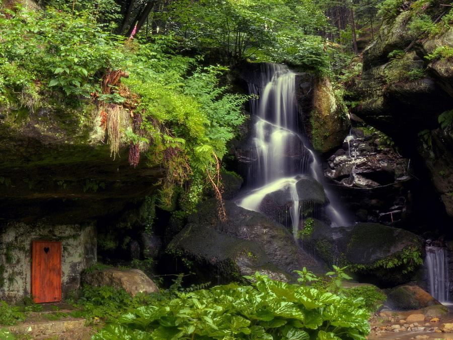 Ліхтенхайнский водоспад в Саксонській Швейцарії